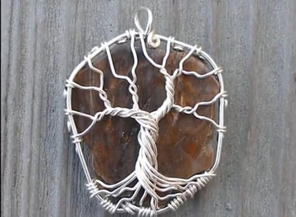 подвеска дерево камень (579x425, 535Kb)