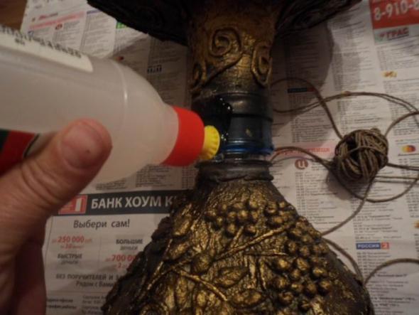 Ваза из пластиковой бутылки 21 (590x443, 162Kb)