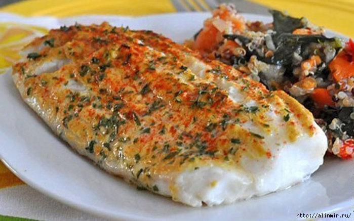 Филе белой рыбы, запеченное под горчицей