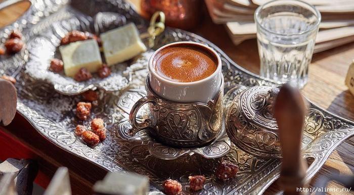 Кофе пить по-новому: необычные рецепты любимого напитка